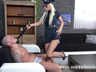 Blonde in sexy cop uniform Victoria Daniels bangs her new lover
