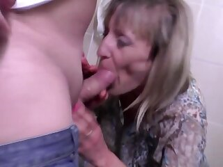 Pissing mom gets fucked in all her wet holes