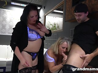 A guy gets accustomed by one BBWs in the hottest threesome ever