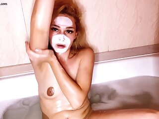 Sexy Babe Passionate Categorization Pussy With reference to Bathroom - Homemade