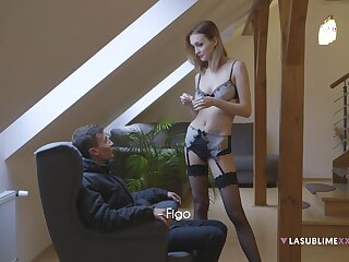 Surprising handjob in the evening by provocative tie the knot Bella Claire