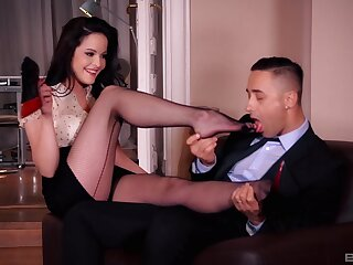 Station charm fucking with desirable brunette secretary Dolly Diore