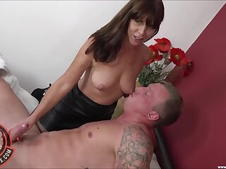 Nice fucking above slay rub elbows with bed with natural tits grown-up mommy Sara