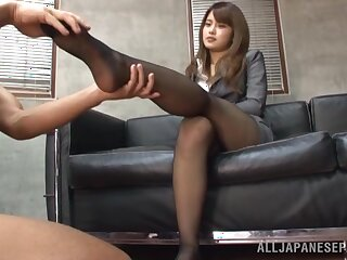 Frontier fingers licking and pussy drilling from behind makes sexy Sumire cum