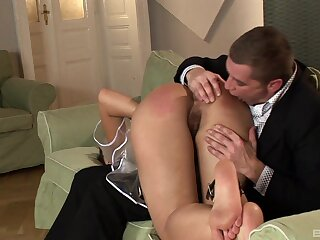 Trimmed pussy chick loves object spanked during crazy fucking